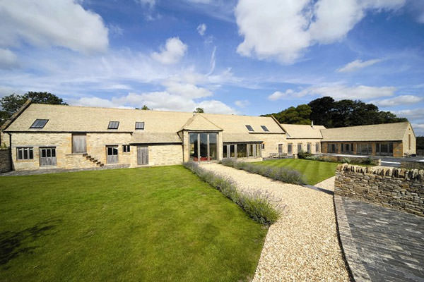 Luxury Cotswold Barn Conversion